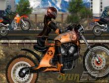 Motorlu Kız Yarışı